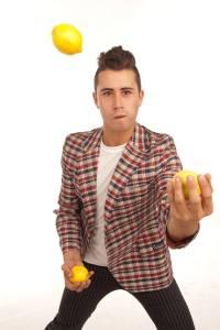 TyPieGuy_Ty_juggling